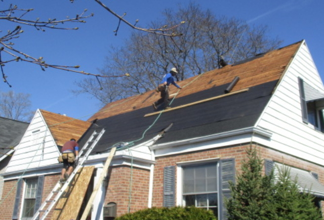 Types of waterproofing materials in roof installation